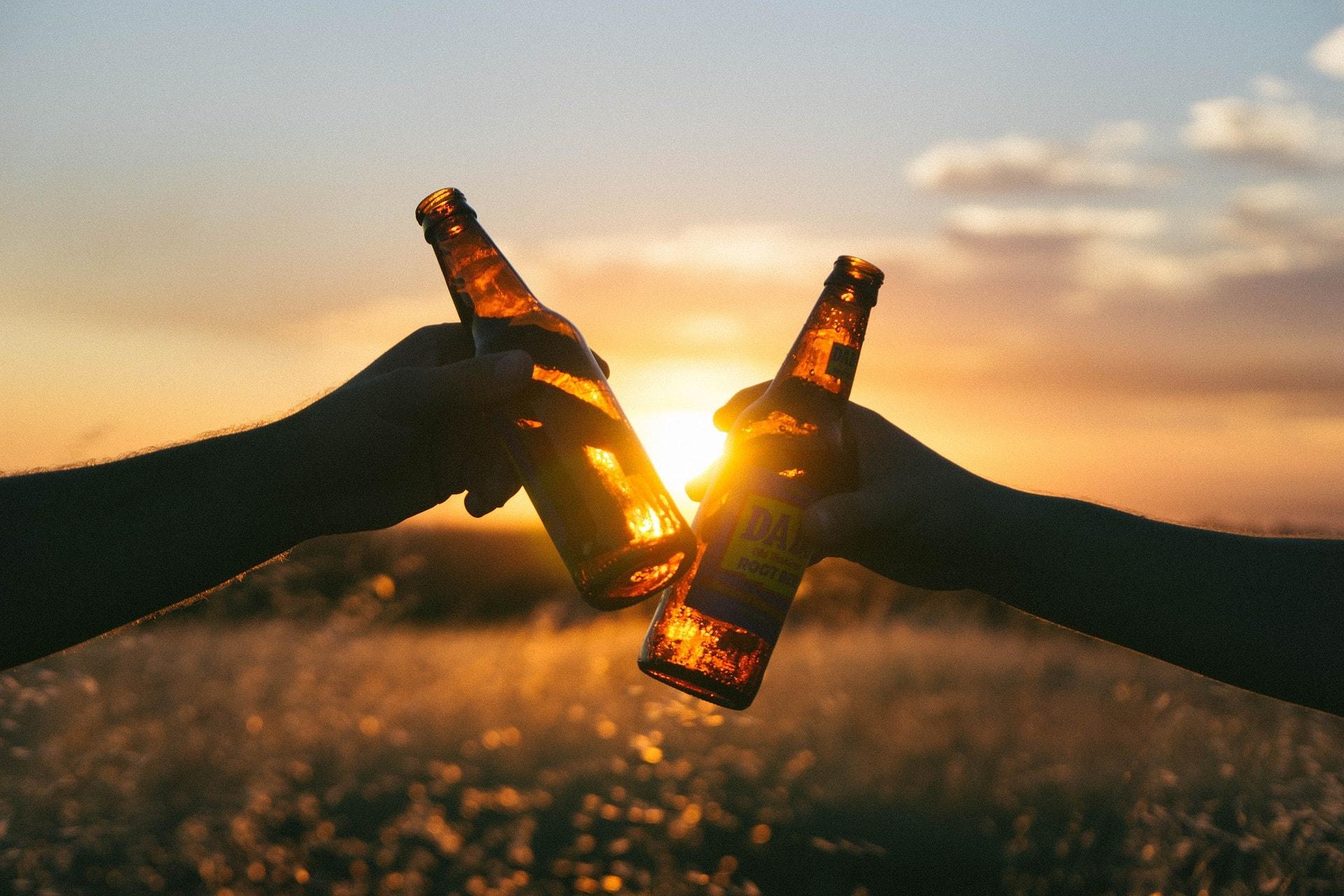 子供を留学に送る親が大学生の飲酒について知っておくべきこと