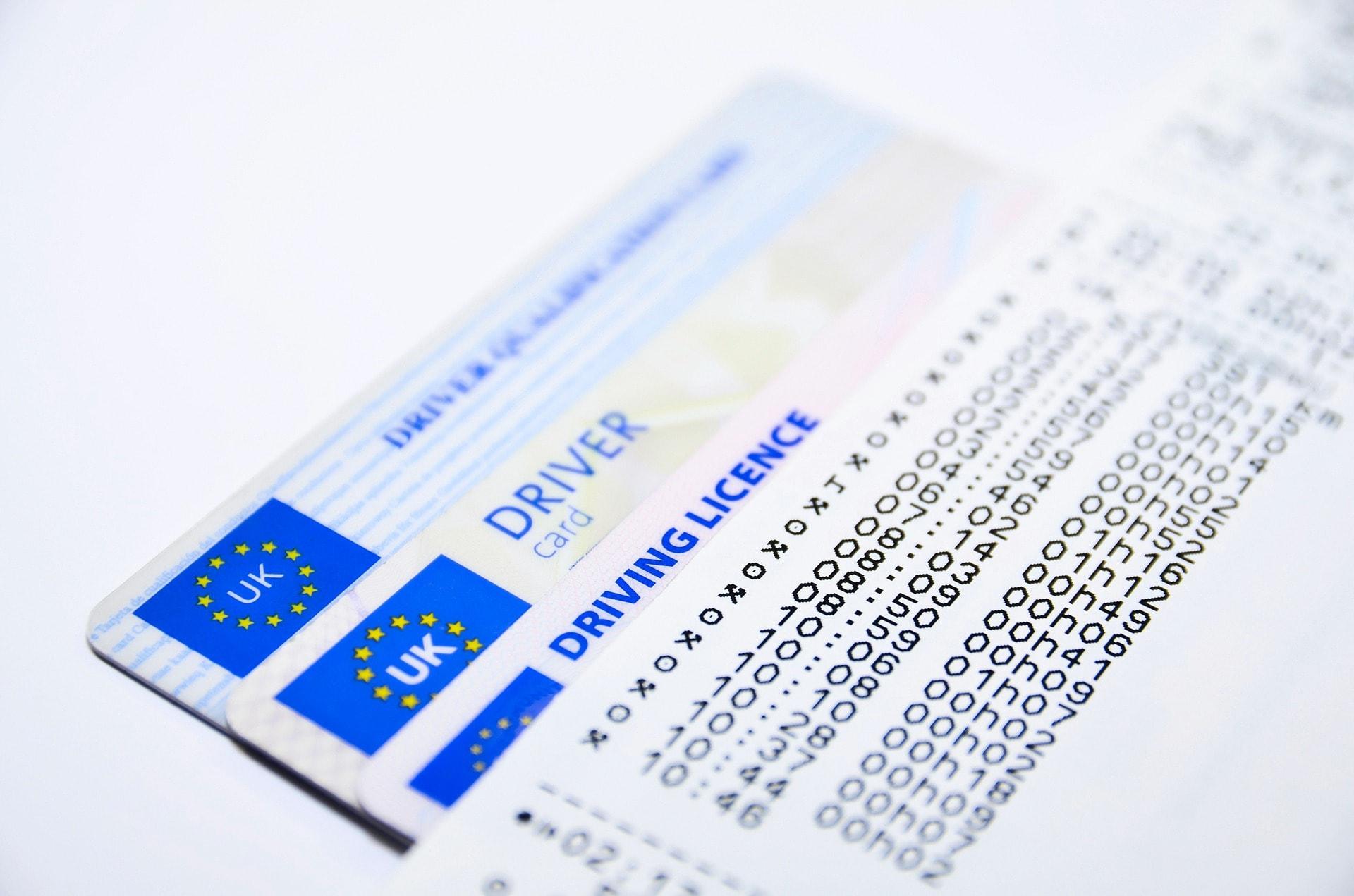 アメリカ留学中に自動車免許を取る方法【筆記試験】