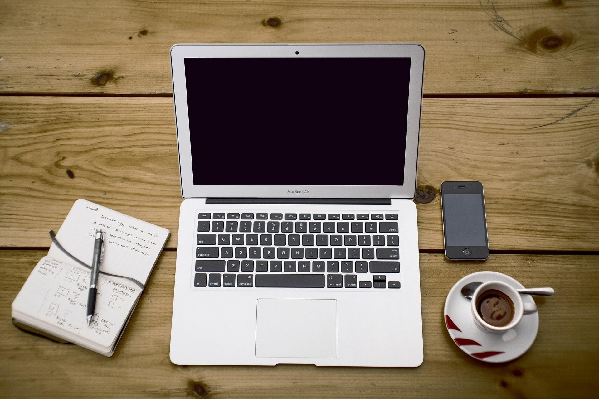留学でUSキーボードのパソコンを使う2つのメリット