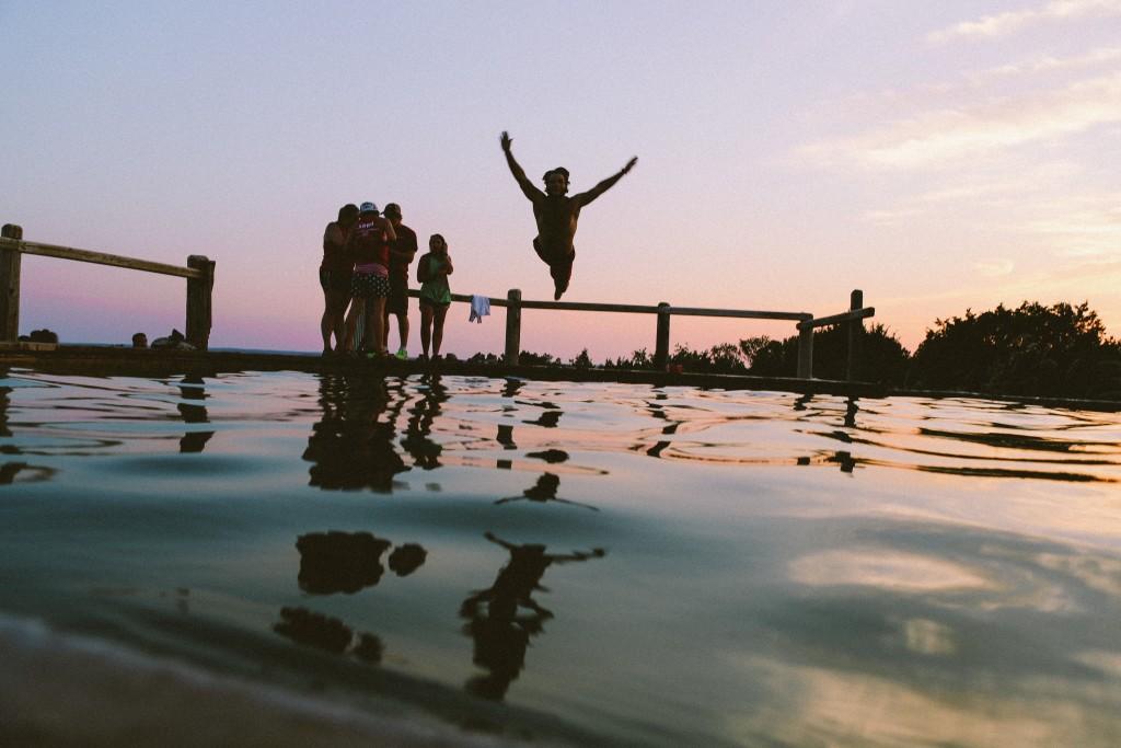 友達と夏休みを楽しむ